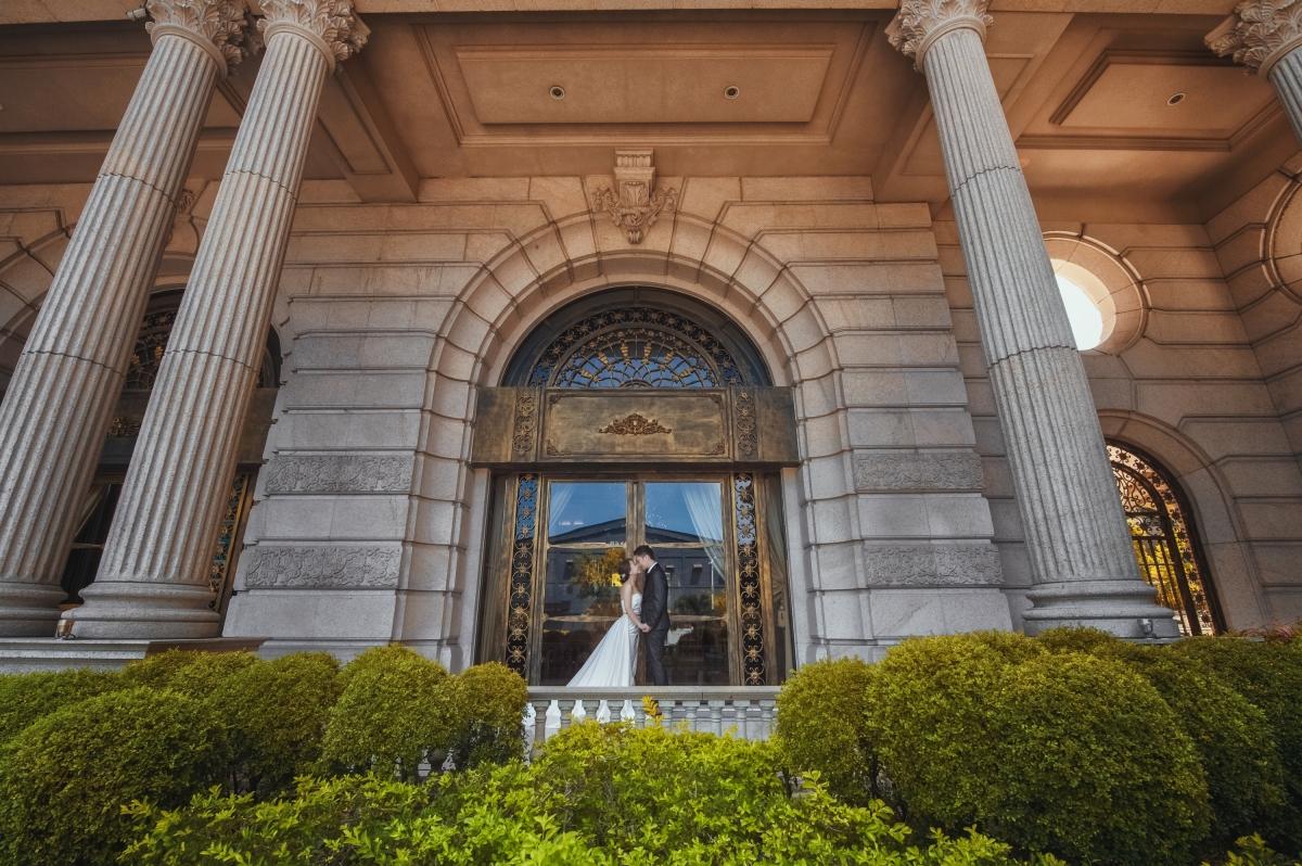 【國內自助婚紗】 嘿皮爸 x 白色婚禮手工婚紗 x 明華corrine 奇美博物館創造唯美飄紗的好景點