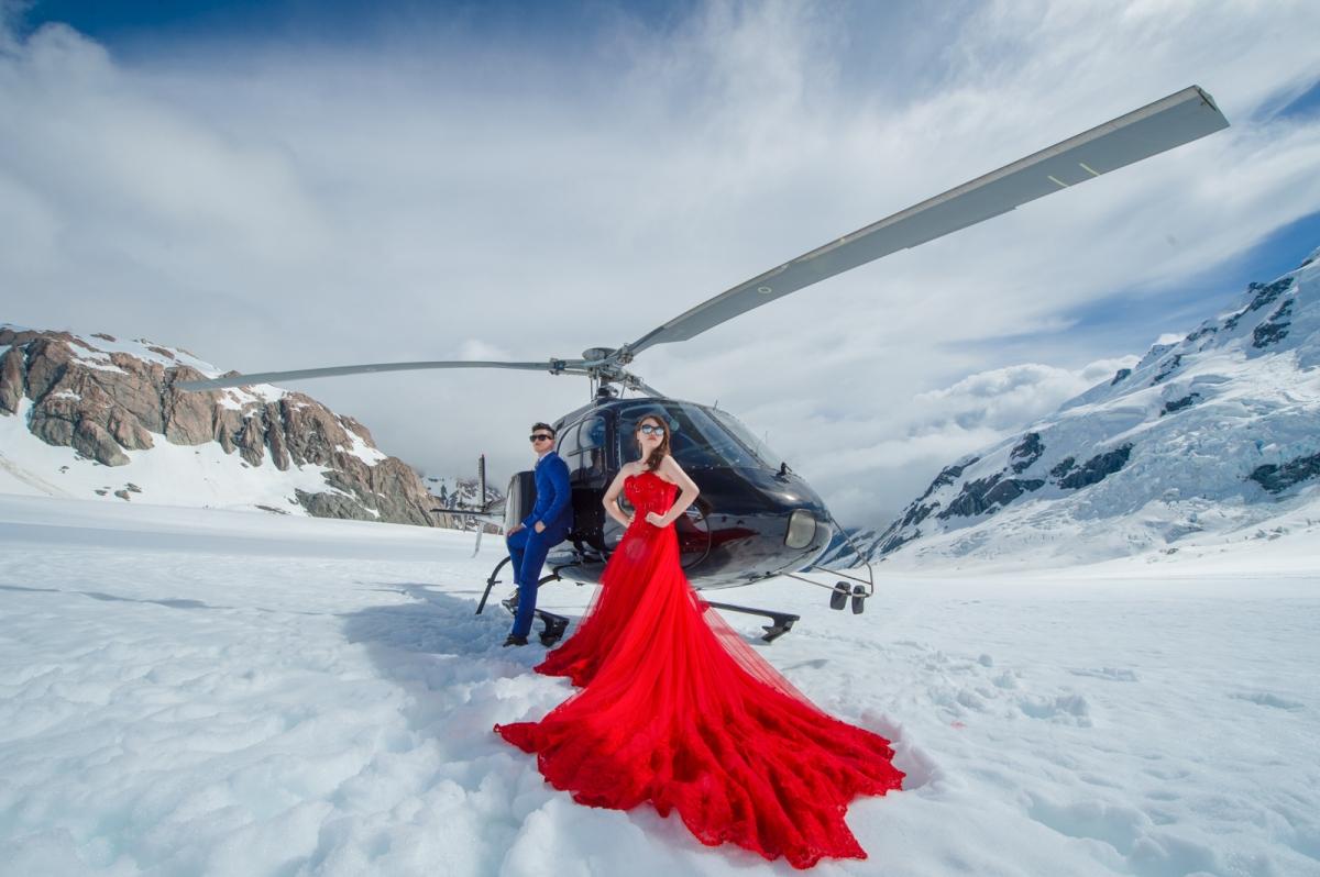 [海外婚紗搶先看Part2-紐西蘭New Zealand]嘿皮爸 x Lynn婕穎 x Whitedding白色婚禮手工婚紗 直升機婚紗 X 降落傘 X 野餐風 一次搞定海外婚紗